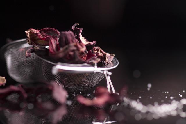 Hibiscus Nettle Tea - 10 Types Of Herbal Tea For Healthful Benefits