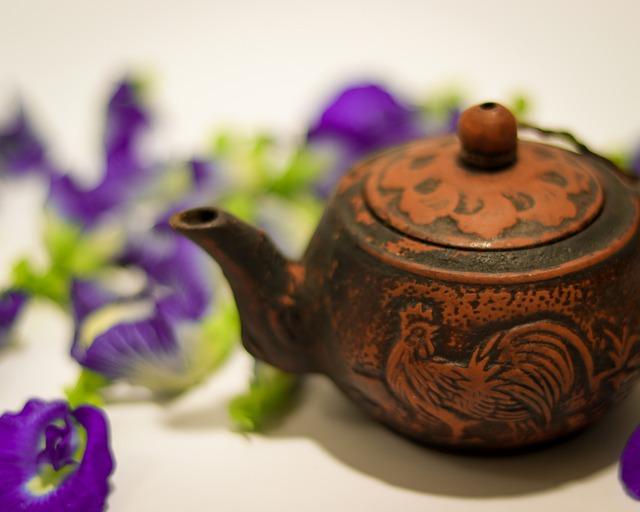 Butterfly Pea Lemon Tea - 10 Types Of Herbal Tea For Healthful Benefits